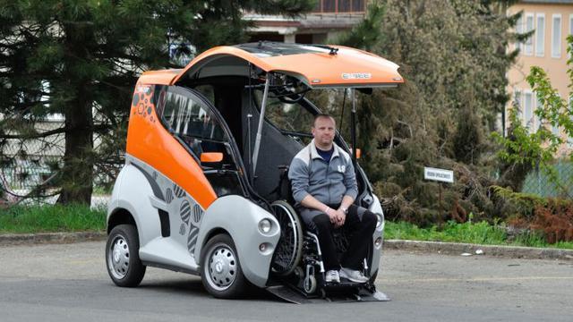 Global Konverter Kendaraan yang Dapat Diakses Kursi Roda Market