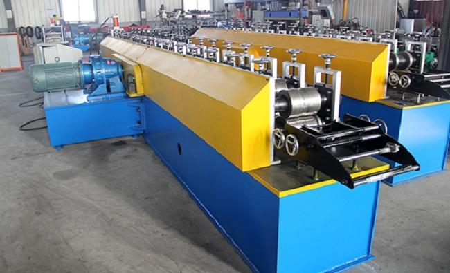 Global Mesin Gerinda yang dikendalikan PLC Market